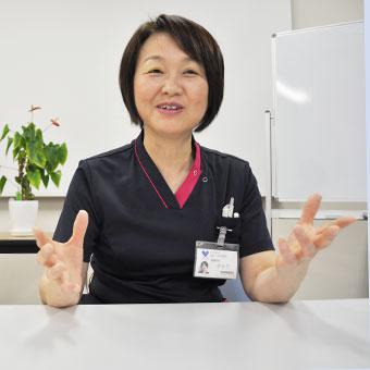教育担当師長  山田 浜恵